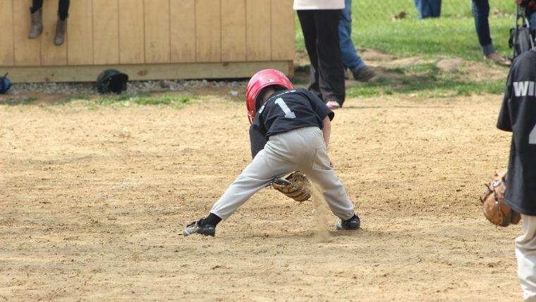 子供の野球姿